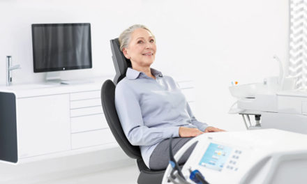 Tag der Zahngesundheit: Menschen mit Pflegebedarf gut versorgen