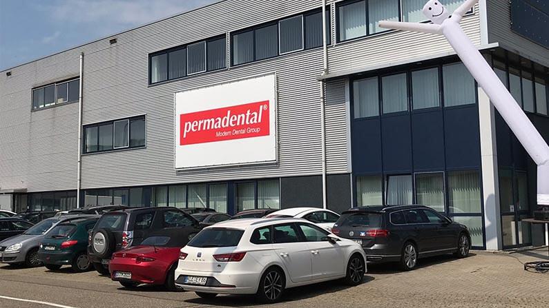 Permadental – In neuer, großzügiger und moderner Umgebung täglich das Beste geben!