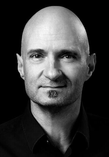 Dr. Stefan Ries