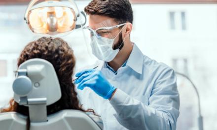 COVID-19-Infektionsrisiko: Wirksamer Selbstschutz in der Zahnarztpraxis
