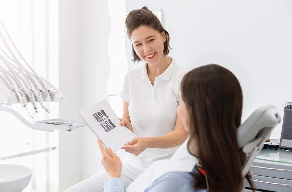 Volkskrankheit Parodontitis: Aktualisierte Patienteninformation liegt vor