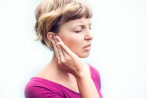 Zungenschlag gegen Tinnitus